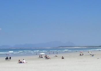Strand und blauer Himmel Urlaub