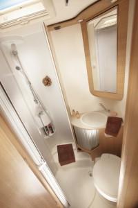 204_S_42SL_Bathroom